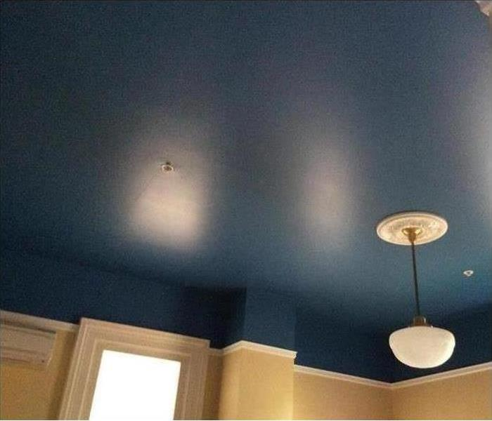 blue ceiling with crown molding